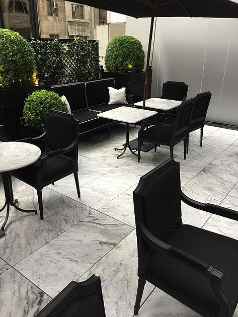 Baccarat Hotel Terrace 8 Miller Druck SMALL 600px