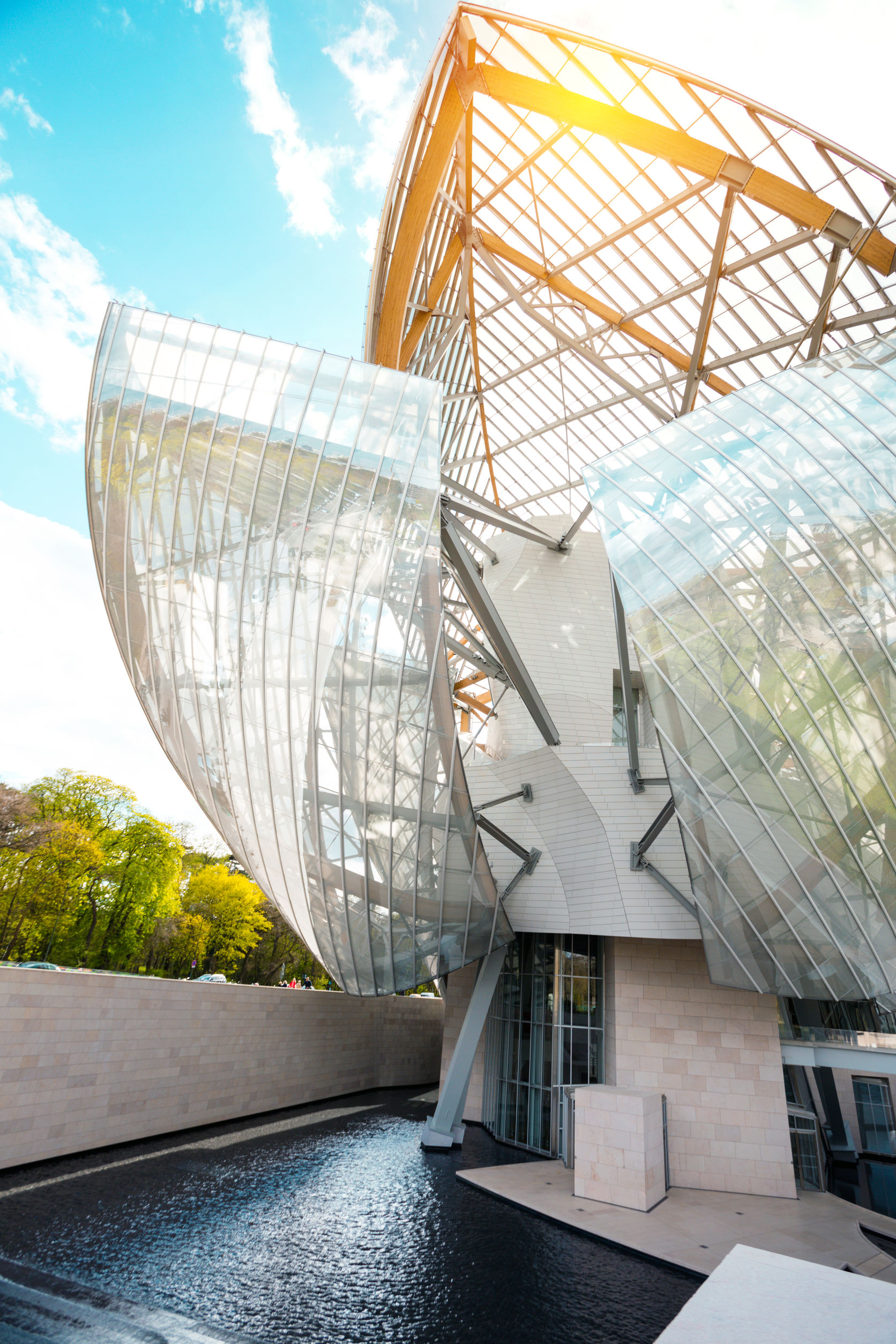 Fondation Louis Vuitton - Rocherons Doré 4.8.2020 - 1