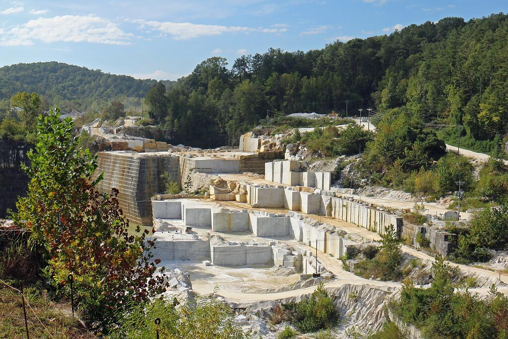 interior-designer-polycor-georgia-marble-quarry-tour-2016-2.jpg