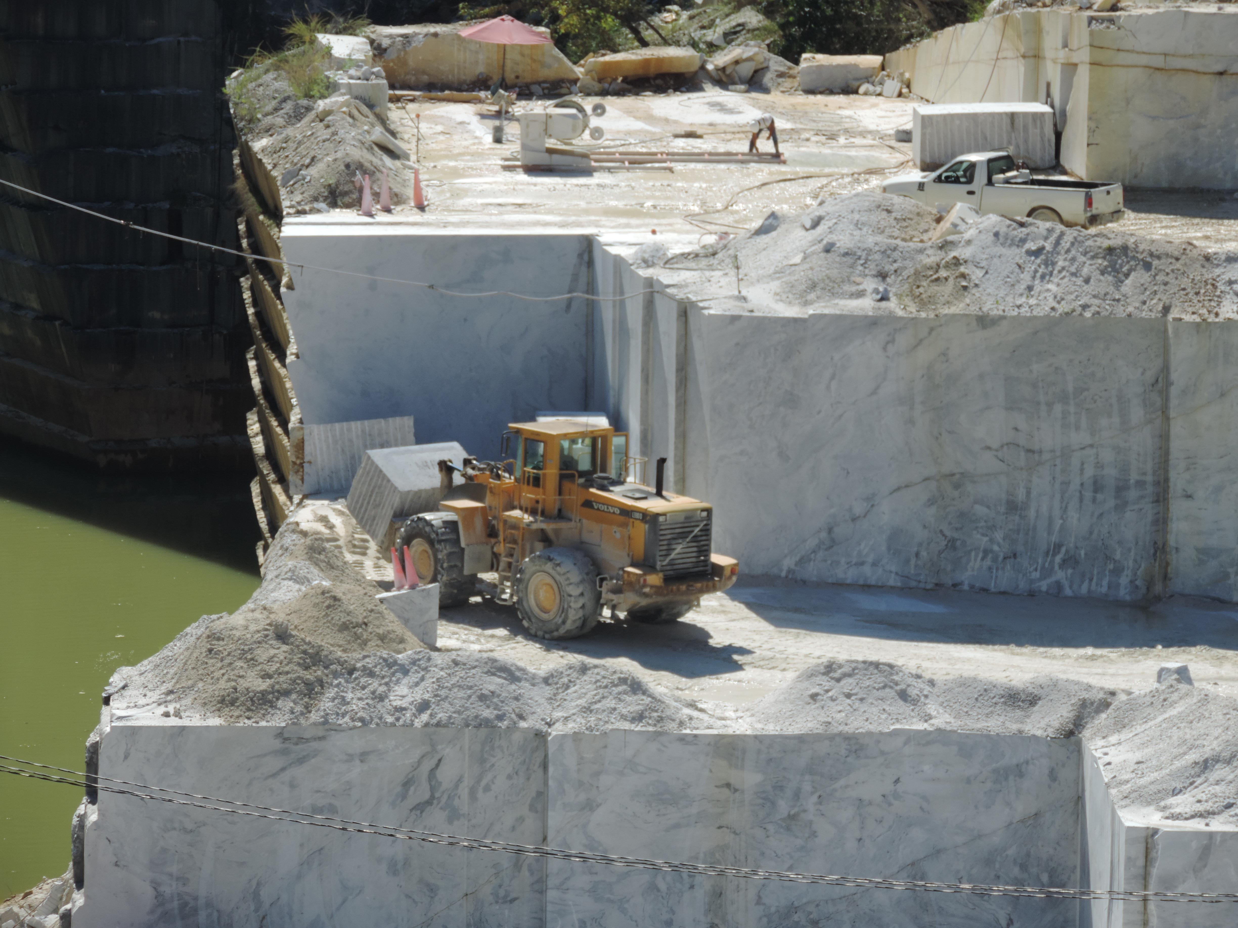 Historic_Georgia_Marble_Quarry.jpg