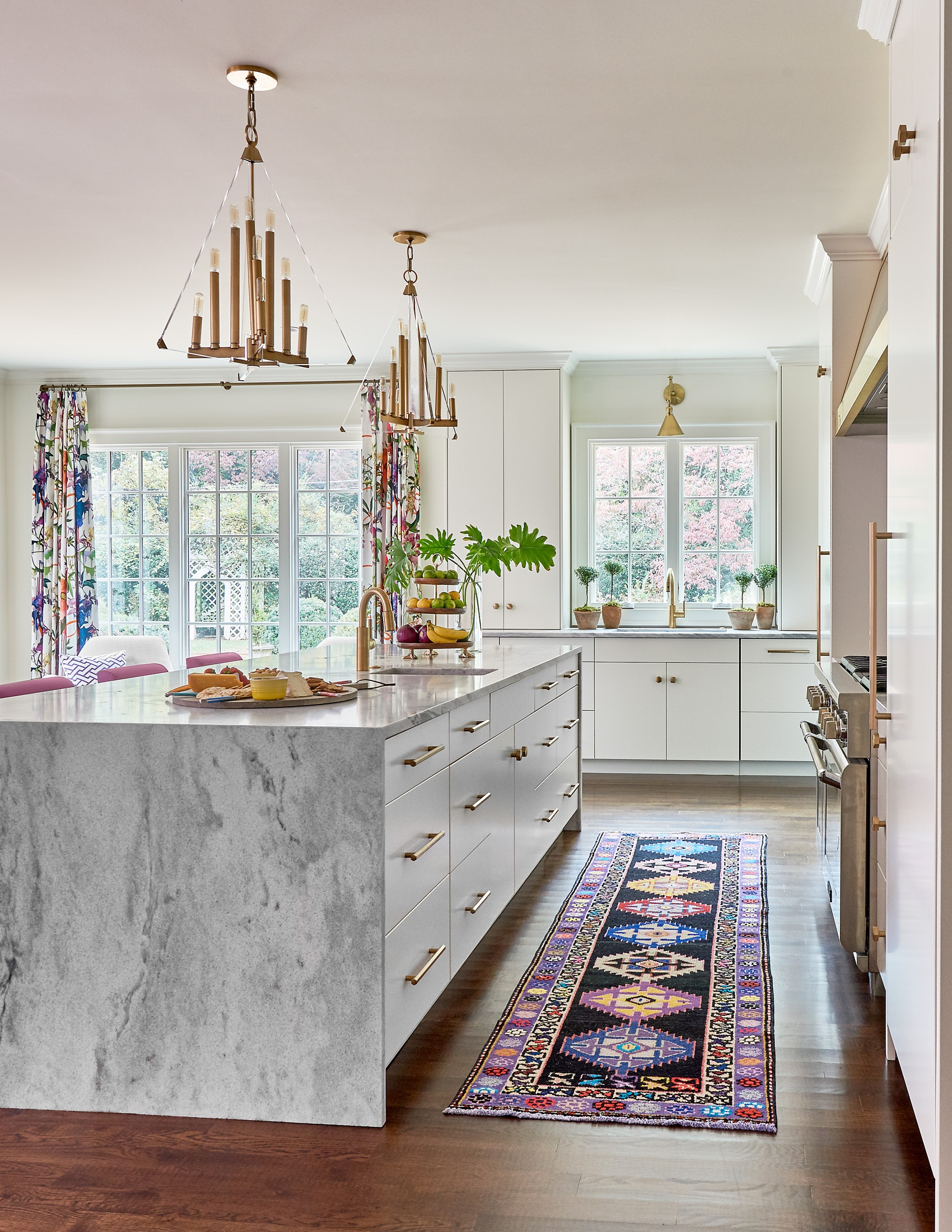 Holly Hollingsworth Kitchen White Cherokee Honed 7