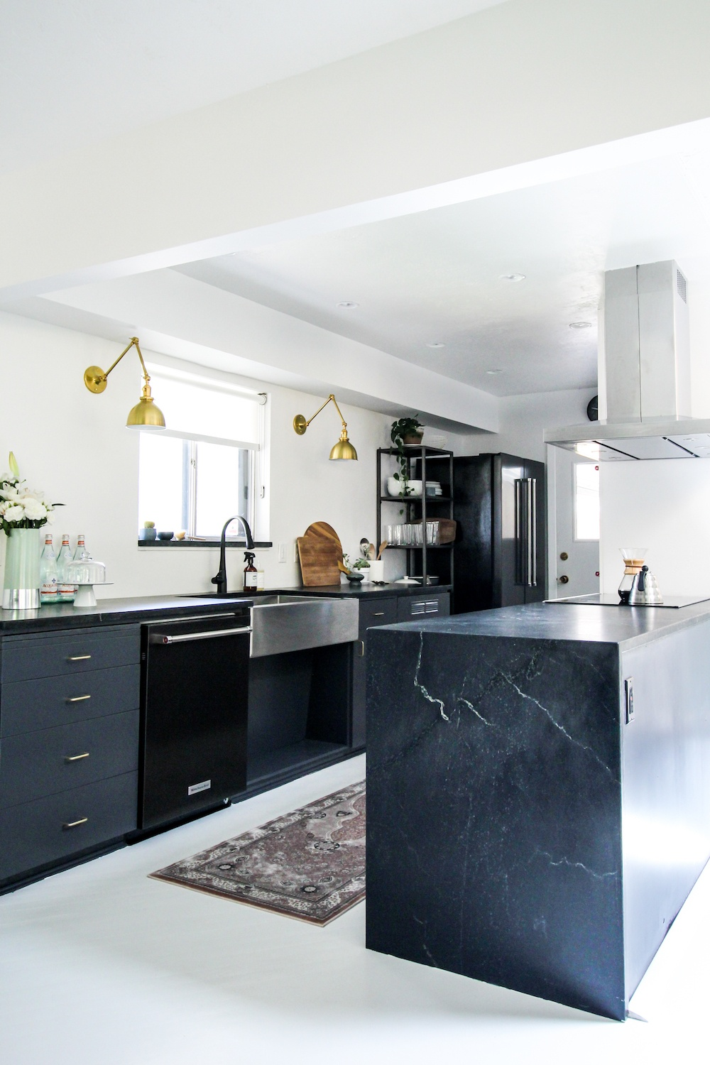 kirsten-grove-simply-grove-soapstone-counters