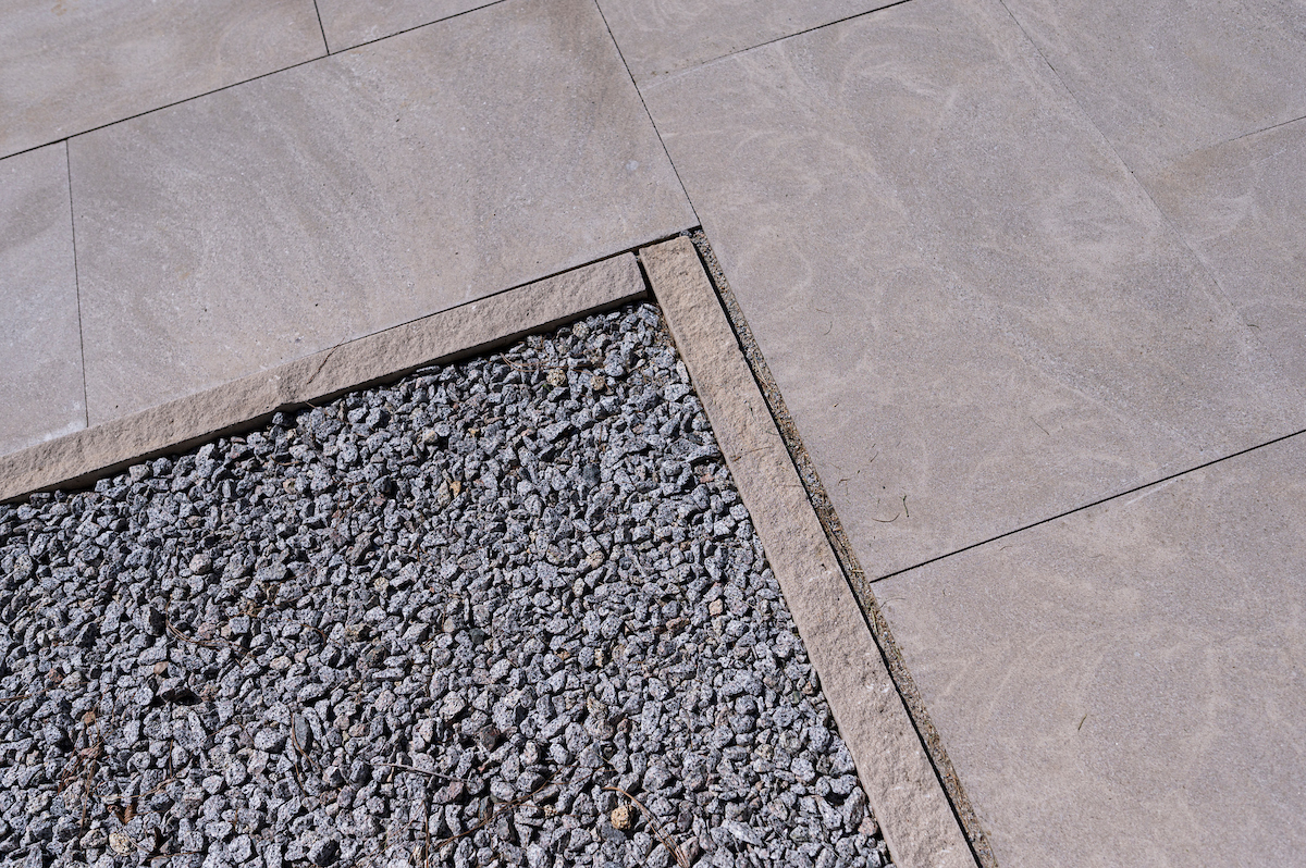 Polycor-Indiana-Limestone-Full-Color-Blend-Slab-Pavers-Edging-Walkway-Patio-Stacy-Pearsall-Residence-South-Carolina-4