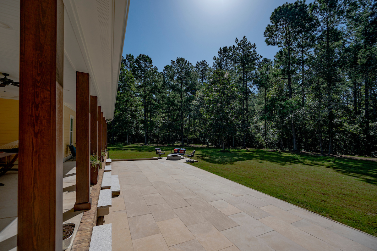 Polycor-Indiana-Limestone-Full-Color-Blend-Slab-Pavers-Edging-Walkway-Patio-Stacy-Pearsall-Residence-South-Carolina-6