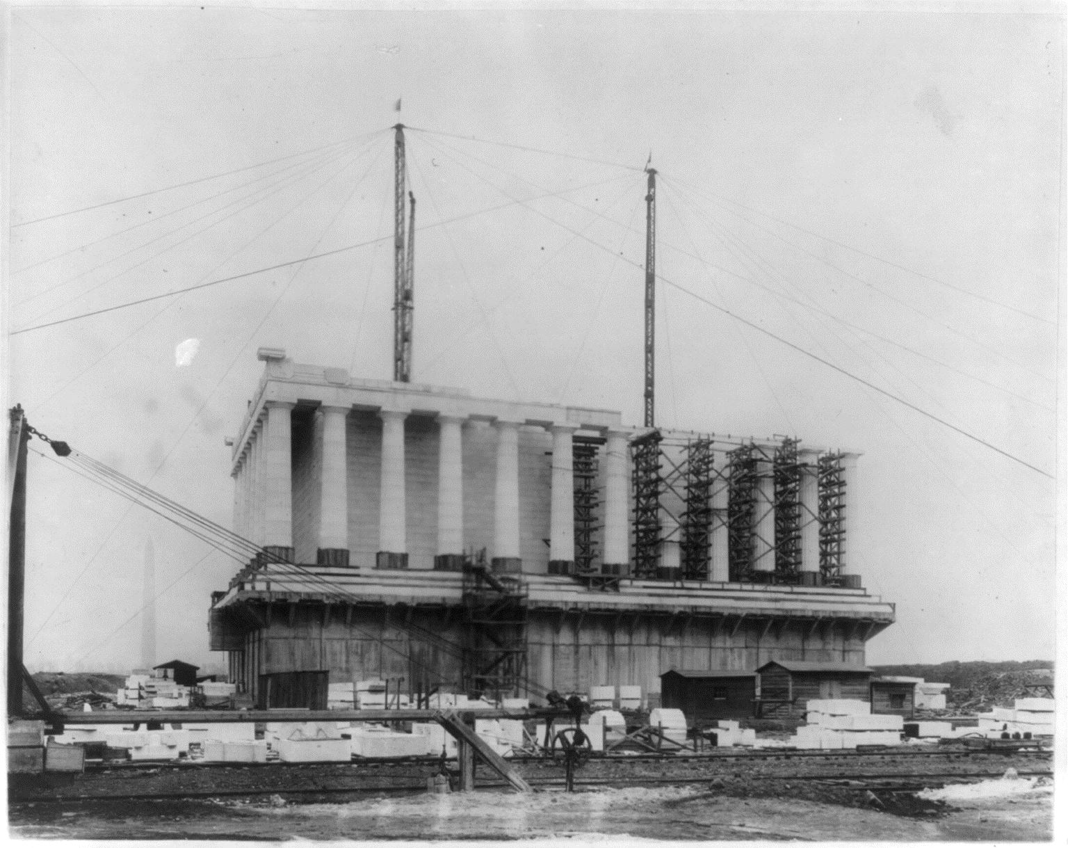 Lincoln-Memorial-construction-2-credit-Library-of-Congress.jpg