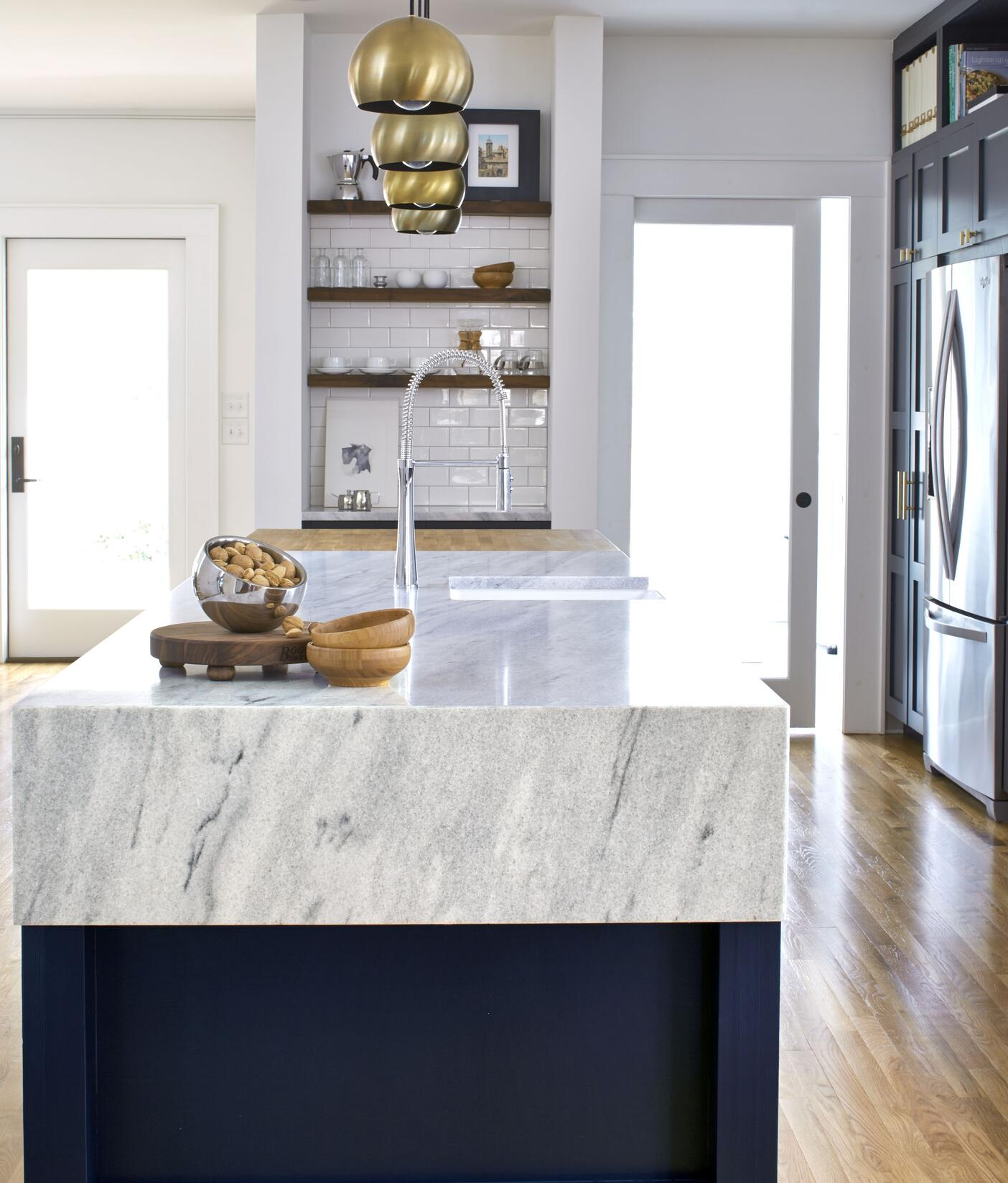 White-cherokee-american-marble-kellen-minor-kitchen-1-460645-edited.jpg