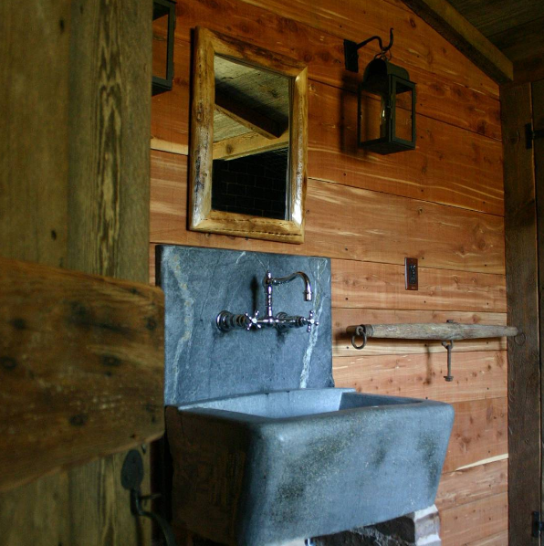 Alberene_Soapstone_Sink_Rosney_Co_Architects.png