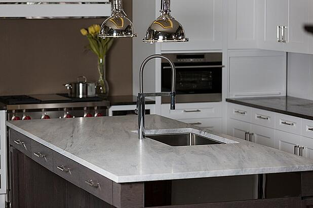 trasitional_marble_kitchen.jpg