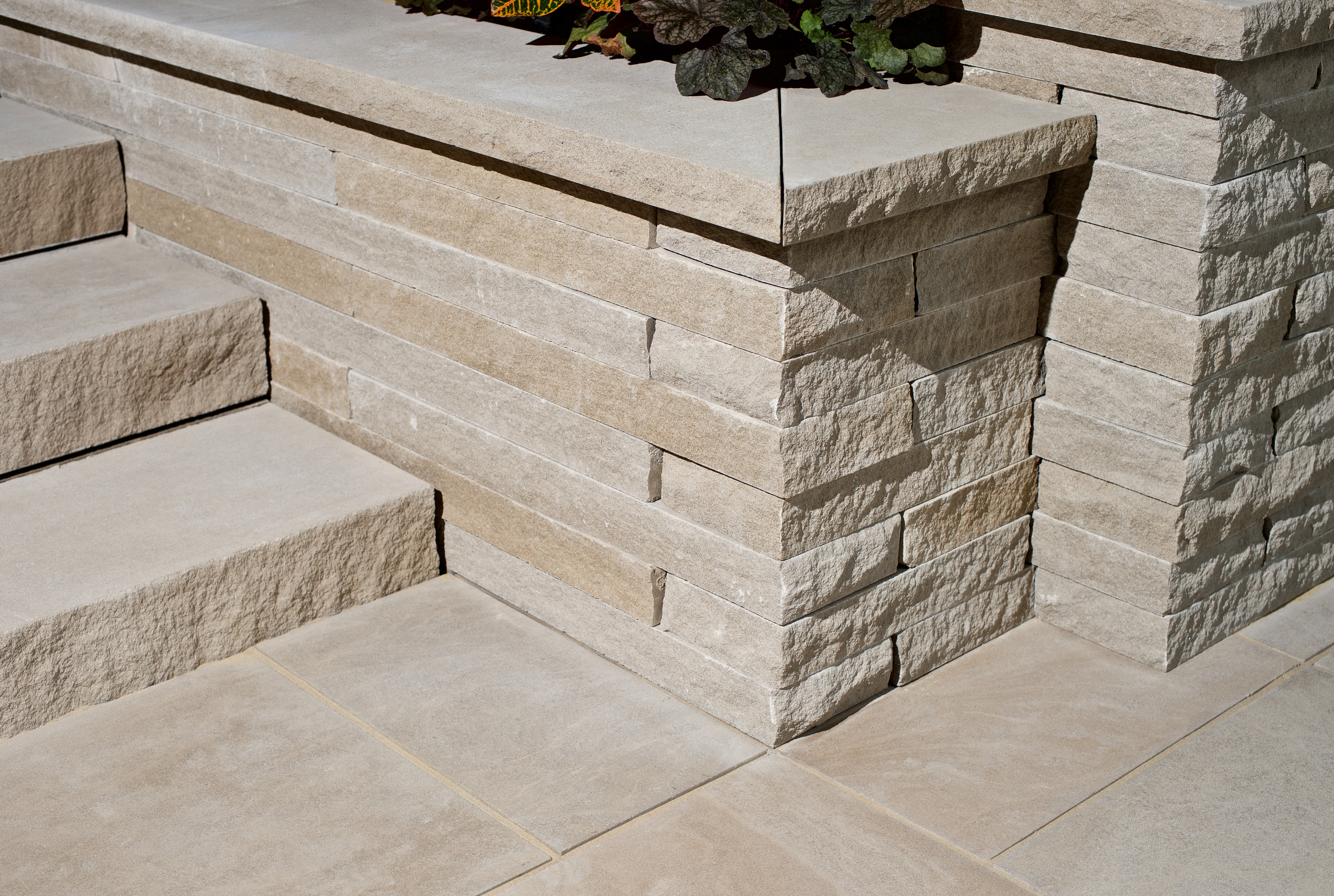 Residence Landscape - Unknown - Indiana Limestone - Wall Caps (37)