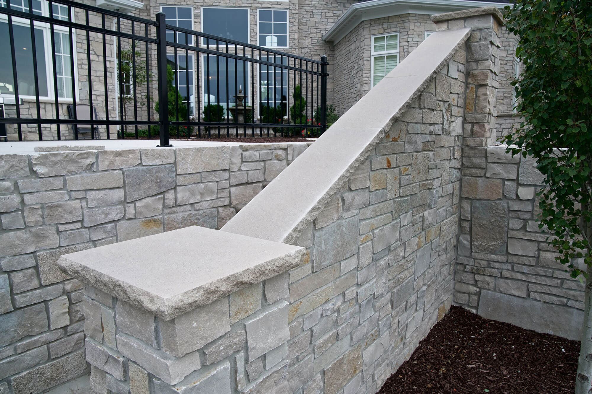 patios-gallery-polycor-hardscapes