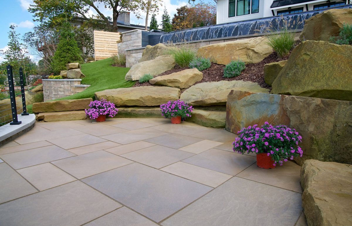 walkways-gallery-polycor-hardscapes-2-1200x771