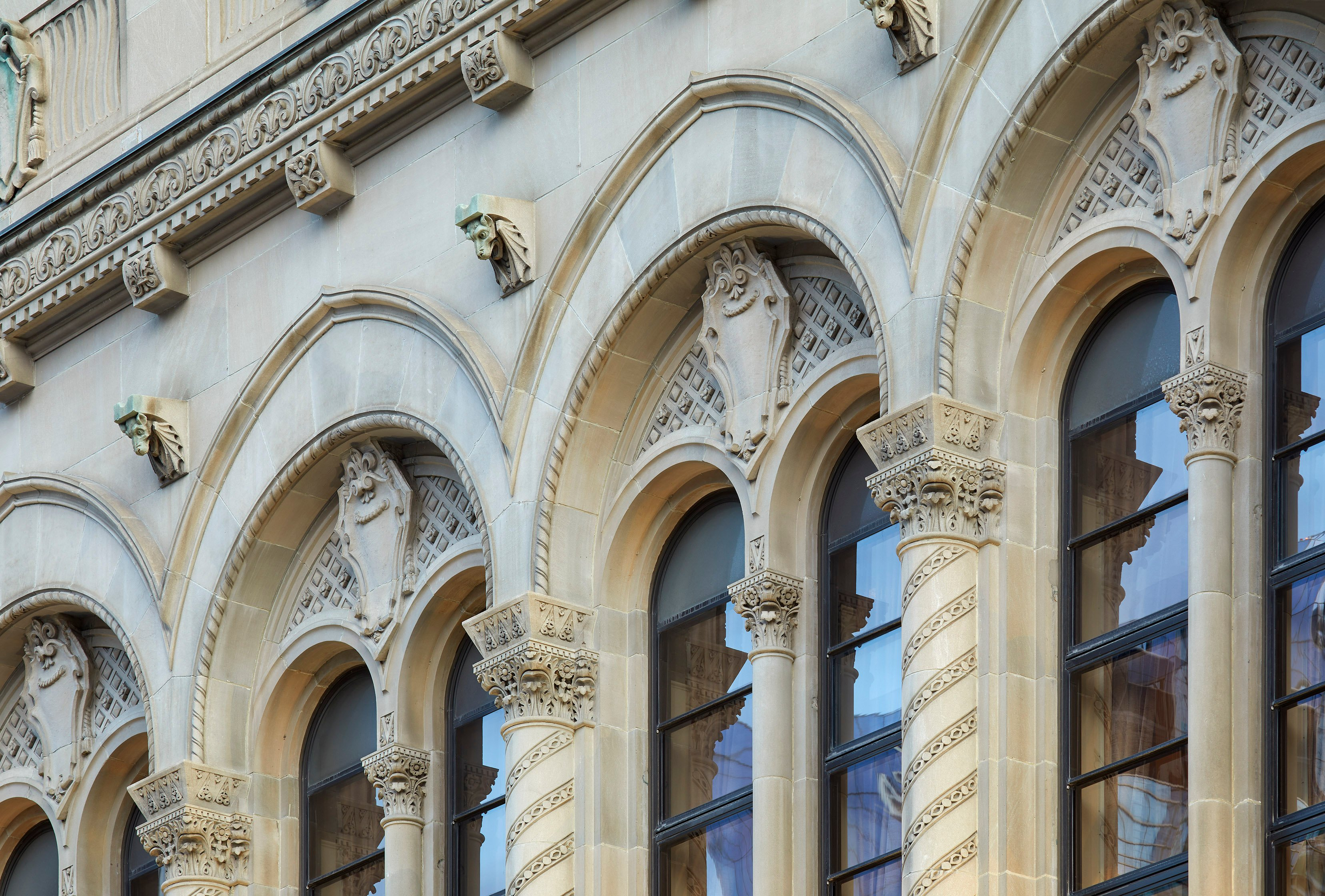 Royal York Hotel - Toronto, ON - Indiana Limestone-07