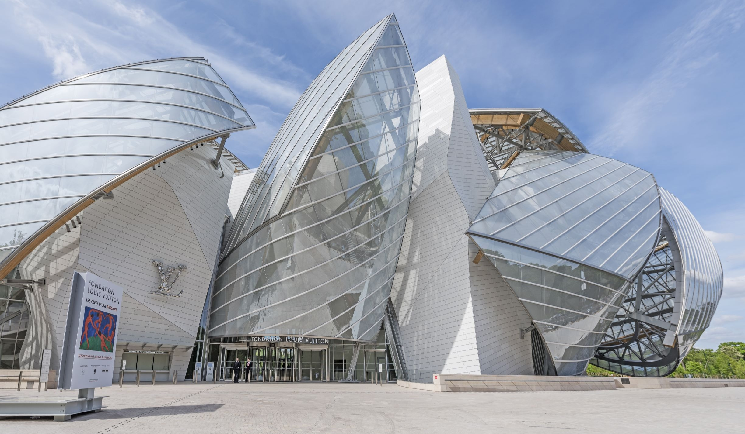 French Limestone & Sustainability Set the Stage for Louis Vuitton Foundation