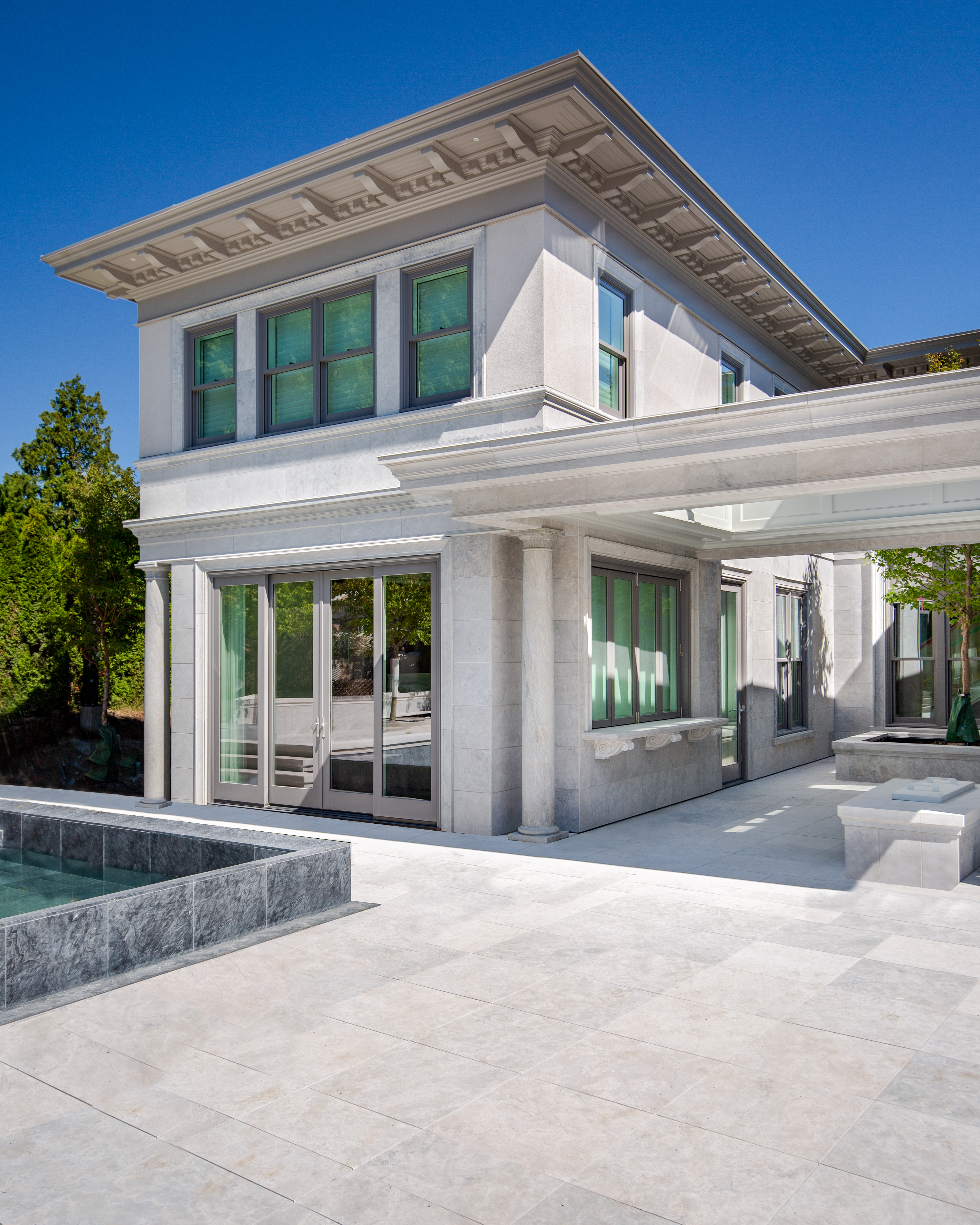 Polycor-saint-clair-limestone-country-estate-red-leaf-group