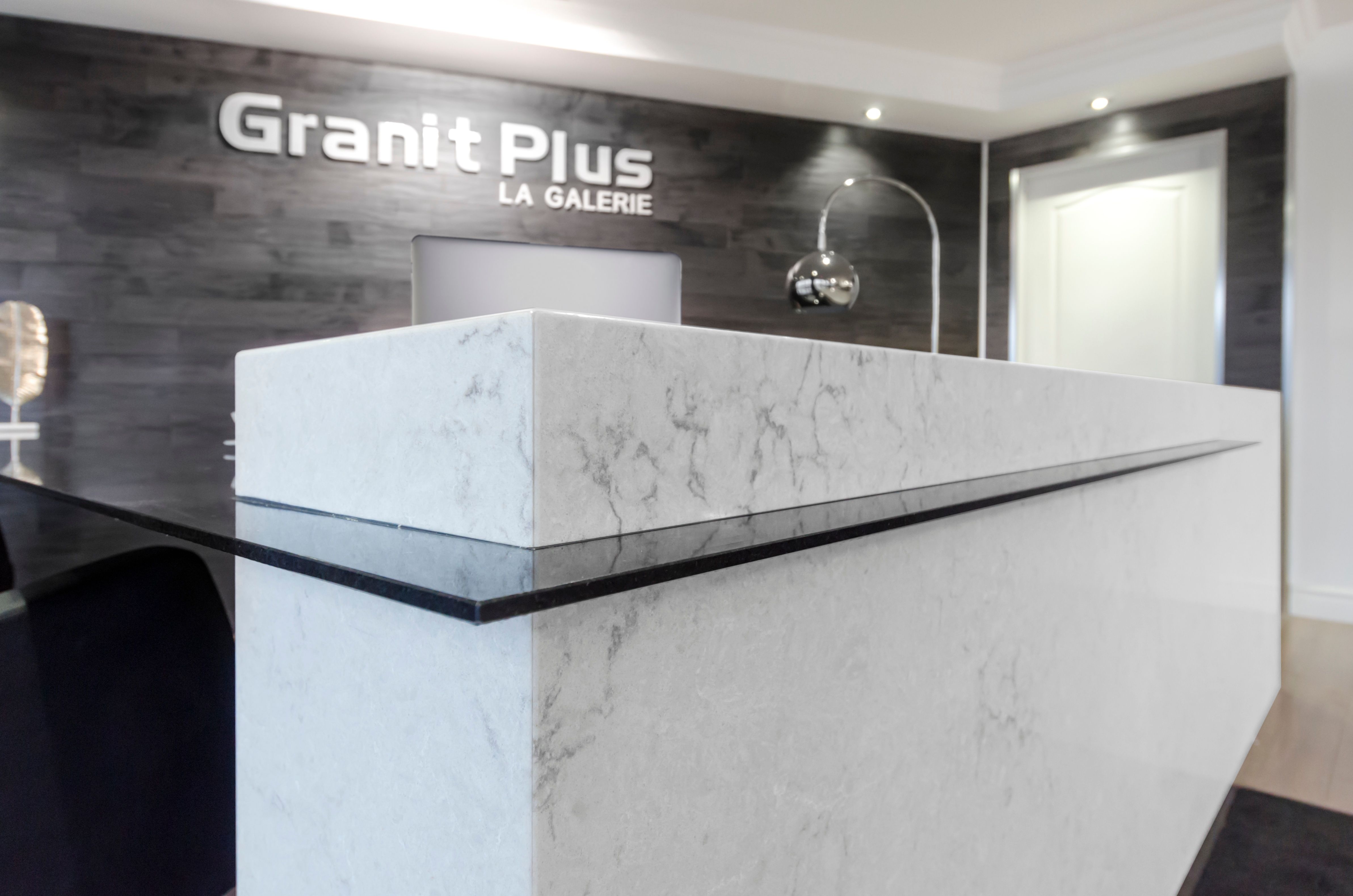 Granite_Plus_1cm_granite_desk.jpg